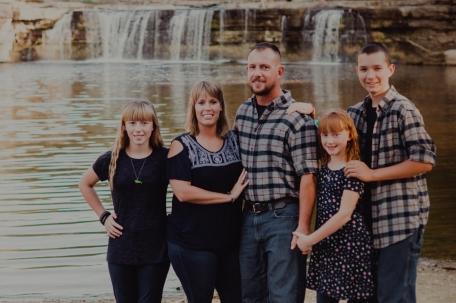Avon, Indiana, Photographer, Photography, Indianapolis, Family , Wedding, Lifestyle, Seniors, Engagements, Couples.